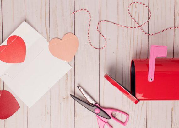 Valentin-napi kézműves